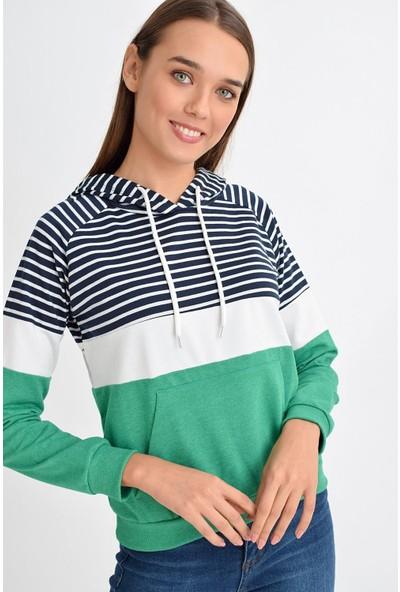 Tena Moda Kadın Yeşil Çizgili Kapşonlu Kanguru Cepli Sweatshirt 9KBSWDI8529