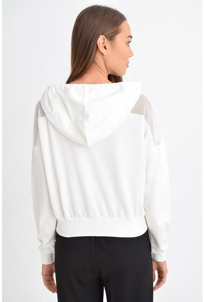 Tena Moda Kadın Beyaz Kapüşonlu Fileli Sweatshirt 9KBSWFE6208