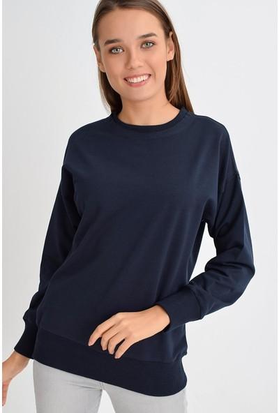 Tena Moda Kadın Lacivert Sıfır Yaka Basic Sweatshirt 9KBSWWO3012