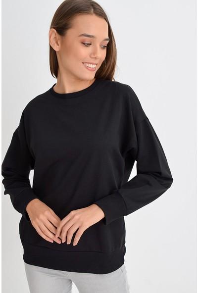 Tena Moda Kadın Siyah Sıfır Yaka Basic Sweatshirt 9KBSWWO3012