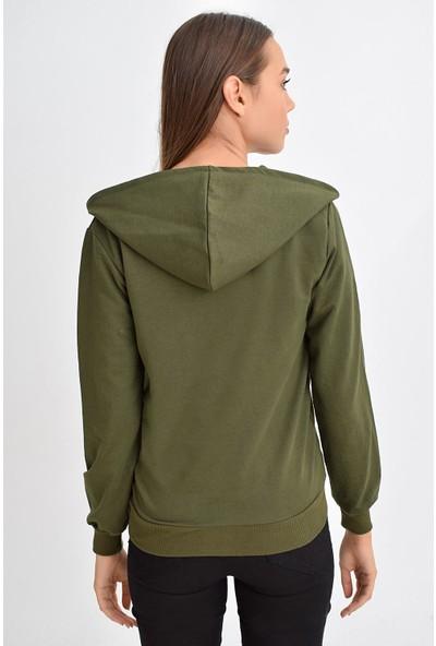 Tena Moda Kadın Haki Kapüşonlu Fermuarlı Cepli Sweatshirt 9KBSWWO3001