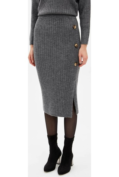 Defacto Kadın Slim Fit Düğme Detaylı Triko Etek
