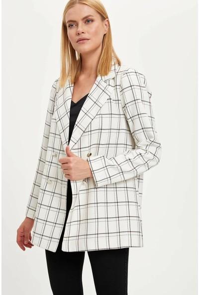 Defacto Kadın Kareli Blazer Ceket
