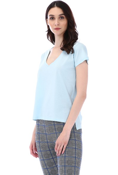 Kapsulstore Yandan Yırtmaçlı V Yaka Mavi T-Shirt