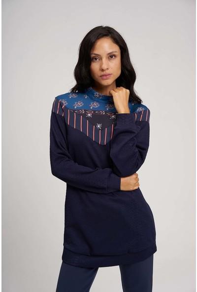 Mizalle Kadın Roba Desenli Sweatshirt