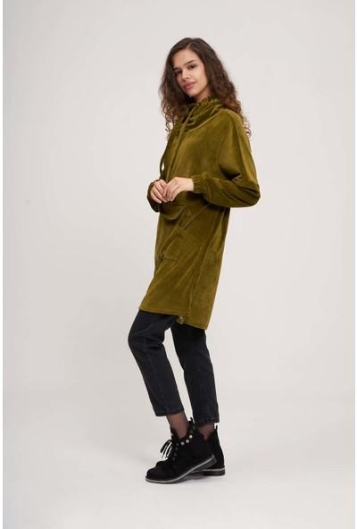 Mizalle Youth Kadın Uzun Kadife Sweatshirt