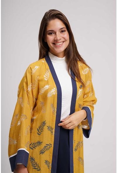 Mizalle Kadın Yakma Desenli Kimono