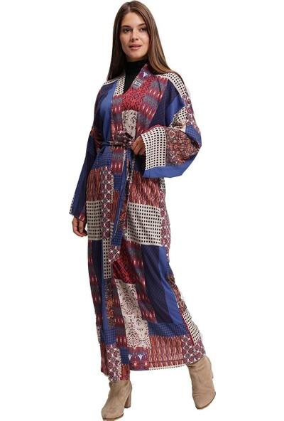 Mizalle Kadın Özel Desenli Uzun Kimono