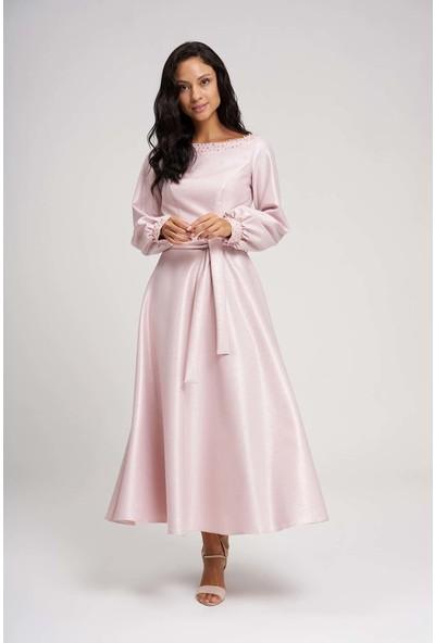 Mizalle Kadın Yakası Taşlı Simli Abiye Elbise