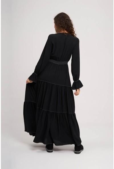 Mizalle Youth Kadın Beli Büzgülü Lastikli Elbise