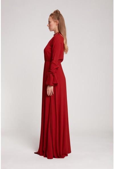 Mizalle Kadın Pile Yaka Detaylı Elbise