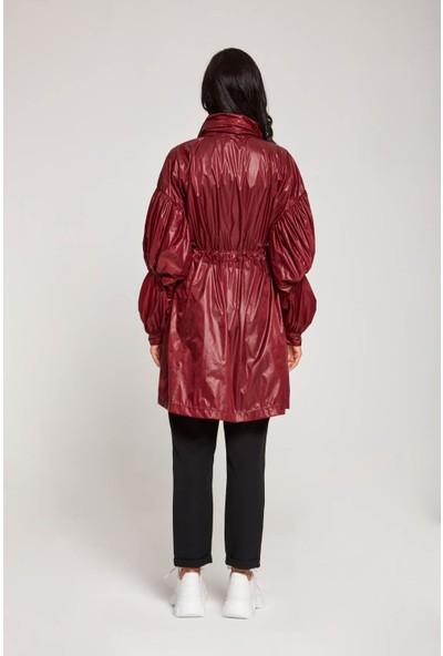 Mizalle Kadın Kolları Balon Yağmurluk