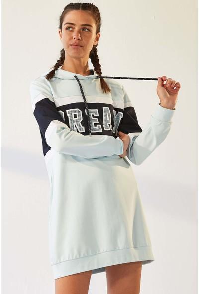 Tommy Life Cepli Dream Baskılı Açık Mavi Kadın Sweatshirt