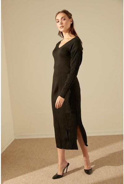 Trendmay Kadın Piliseli Yırtmaç Triko Elbise-Siyah