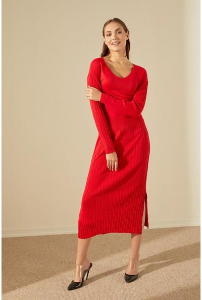 Trendmay Kadın Piliseli Yırtmaç Triko Elbise-Kırmızı