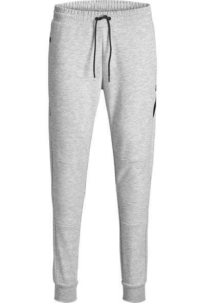 Jack & Jones 12151542 Erkek Sweat Pants Jjıwıll Jjclean Nb Sweat Pants Noos Eşofman Altı