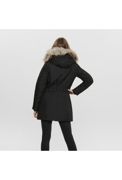 Only Siyah Kadın Montu 15181307-Black Onliris Fur Parka Cc Otw