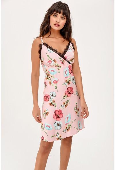 New Laviva Askılı Dantel Detaylı Çiçek Desenli Diz Üzeri Boy Pembe Kadın Elbise