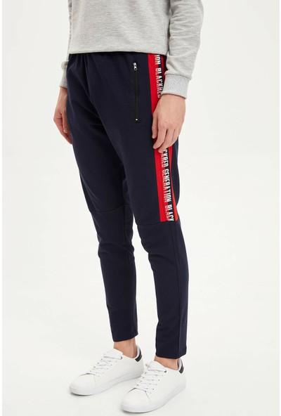 Defacto Slim Fit Yanı Şerit Baskı Detaylı Pantolon