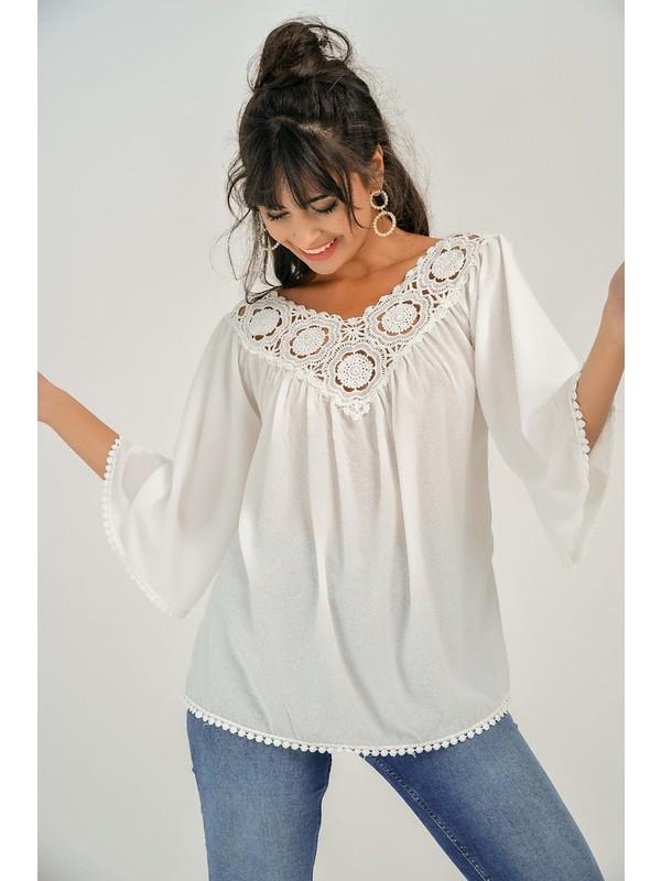 New Laviva Güpür Yakalı Beyaz Kadın Bluz