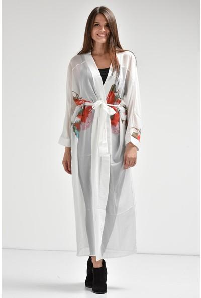 Bluecat Beyaz Çiçek Desenli Kimono