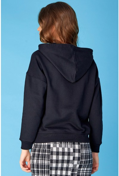 FullaModa Yarım Fermuarlı Kemer Üstü Sweatshirt
