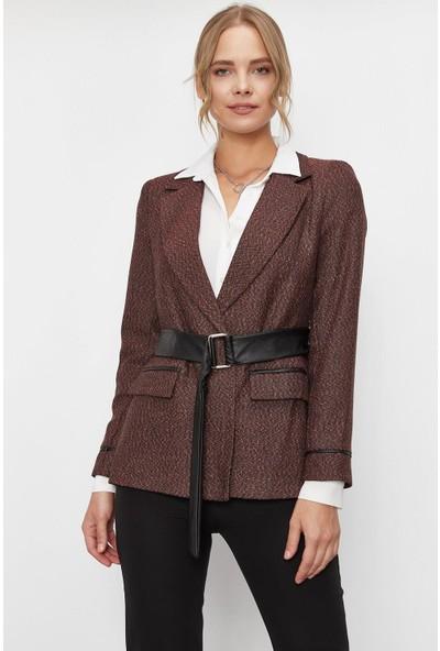 Lafaba Kadın Kiremit Deri Kemerli Desenli Ceket