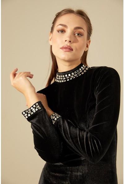 Trendmay Yakası Taşlı Kadife Elbise-Siyah L