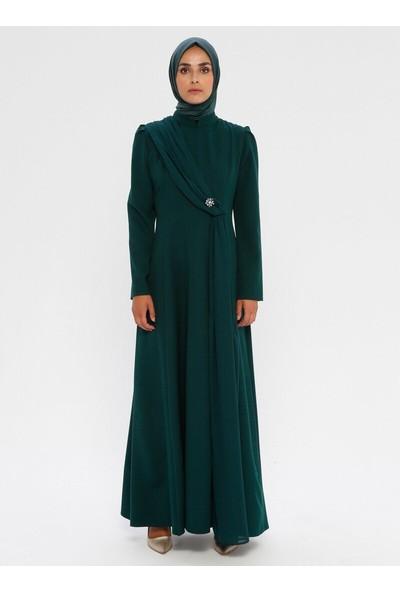 Bürün Kadın Şifon Detaylı Elbise Zümrüt