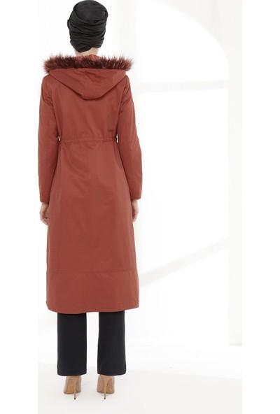 Sitare Önü Nakışlı Kadın Trençkot 20K514