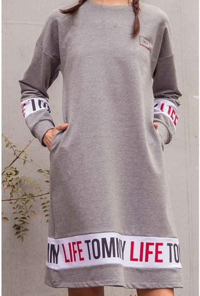 Tommy Life Baskılı Gri Melanj Kadın Spor Elbise