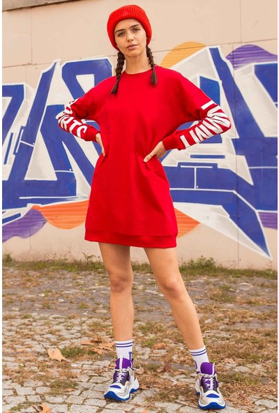 Tommy Life Kol Baskılı Kırmızı Kadın Sweatshirt