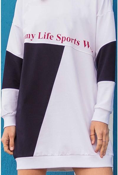 Tommy Life Garnili Yazı Baskılı Beyaz-Lacivert Kadın Sweatshirt
