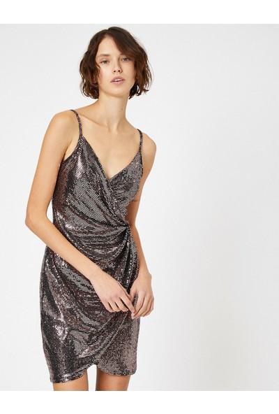 Koton Pul Detayli Elbise