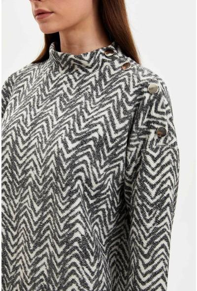 Defacto Dik Yaka Düğme Detaylı Uzun Kollu T-shirt