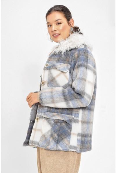 Pua Fashion Mavi Yakası Kürklü Ekose Yün Mont