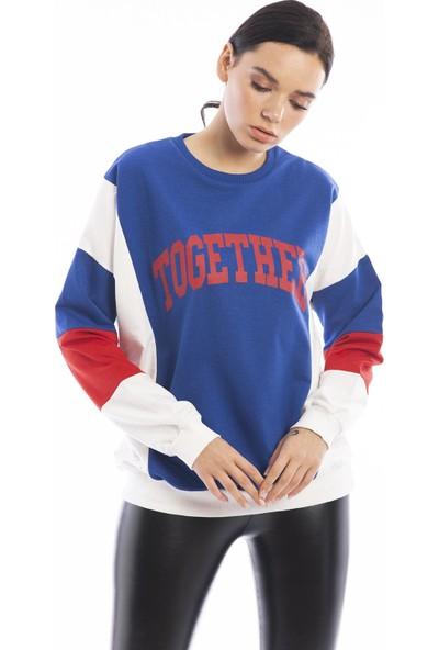 Hds Hadise Saks Mavi Üç Renkli Together Baskılı Sweatshirt 6549