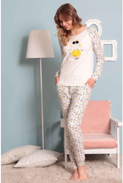 Kezokino 1696 Sevimli Zürafa Desenli Bayan Pamuklu Likralı Pijama Takımı