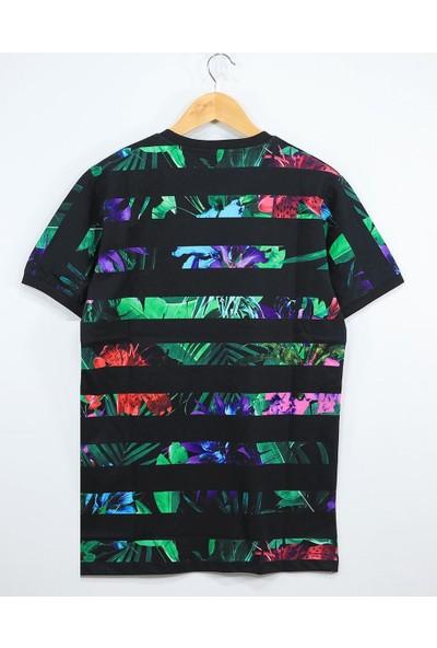 Bpm Non Grada Çiçekli Blokçizgili T-Shirt