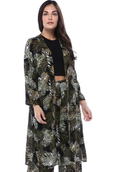 Quzu Kadın Haki Yaprak Desenli Deri Kemerli Kimono