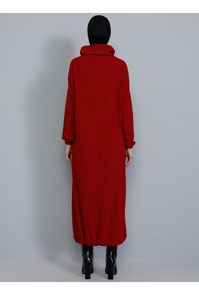Tavin Eteği Büzgülü Triko Elbise