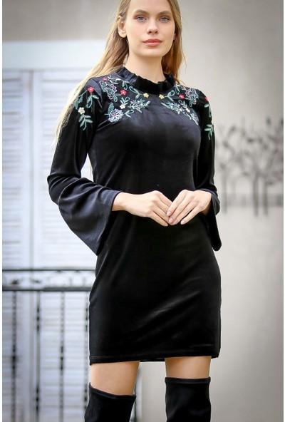 Chiccy Vintage Robası Nakışlı Volan Kol Detaylı Velur Elbise