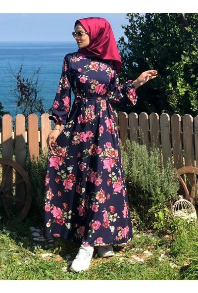 Kübra Biriktir Çiçek Desenli Elbise Lacivert
