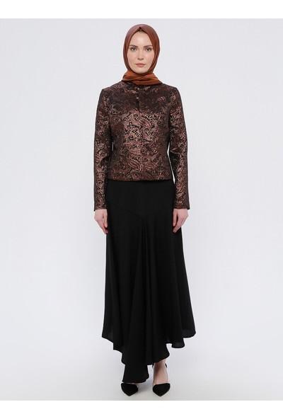 Nilüfer Kamacıoğlu Volanlı Etek Abiye Ceket 2`Li Takım Siyah Bakır