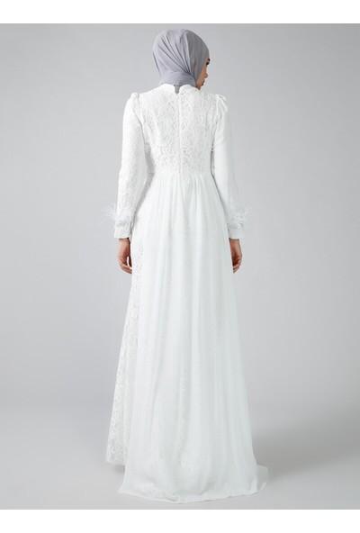 Refka Beyaz Otriş Detaylı Dantelli Abiye Elbise