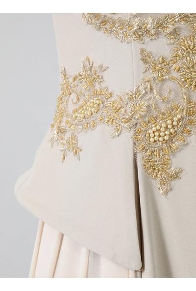 Refka Pudra 3 Boyutlu Çiçek Detaylı Abiye Elbise