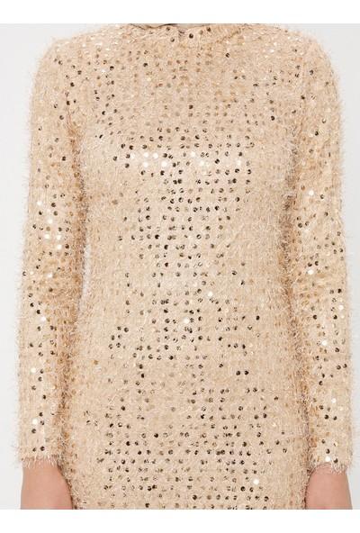 Bürün Pul Detaylı Elbise Hardal