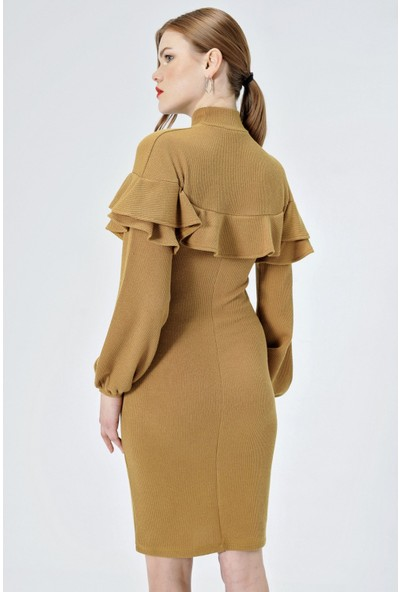 Jument Kadın 50030 Yarım Balıkçı Ön Ve Kolu Volanlı Hardal Elbise
