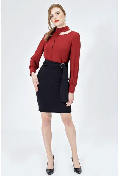 Jument Kadın 50033 Krep Hakim Yaka Uzun Kol Kemerli Bordo Elbise