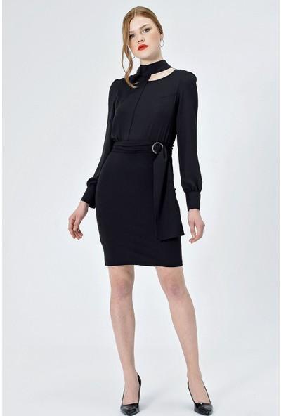Jument Kadın 50033 Krep Hakim Yaka Uzun Kol Kemerli Siyah Elbise